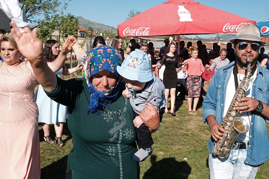 Kanatlar; Makedonya'da Bir Yörük Köyü